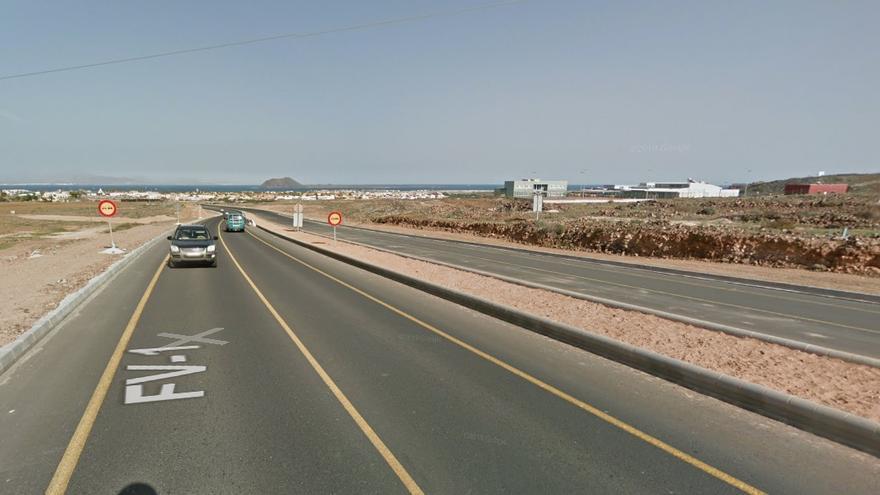 Carretera FV-1, cerca de Corralejo, en Fuerteventura
