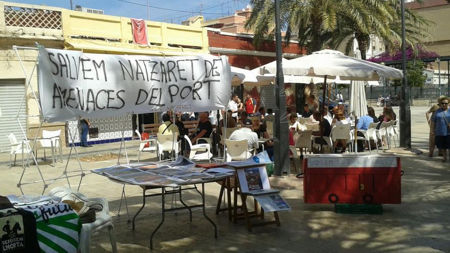 Protesta de los vecinos en la calle de Alta del Mar, primera calle peatonal impulsada por el primer Ayuntamiento democrático