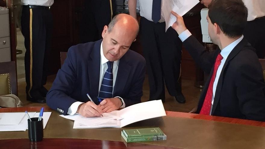 El PP se lanza a la captura del voto exterior ante las elecciones de 2019 y programa viajes a México y Colombia