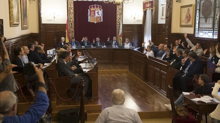La Diputación de Castellón apoya al Gobierno en sus decisiones para garantizar el estado de derecho en Cataluña