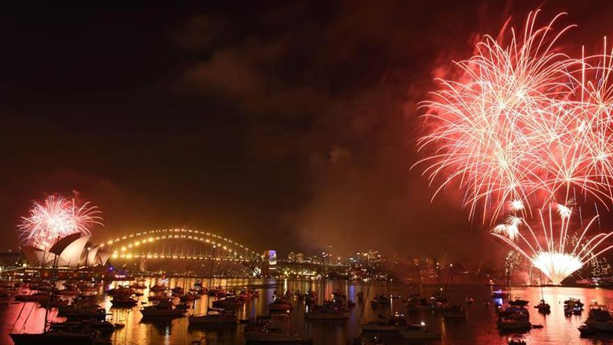 Más de un millón de personas despiden 2016 en el Harbour Bridge de Sídney