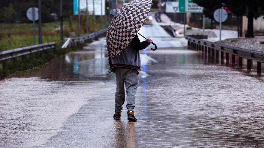 Inundaciones en una barriada de Málaga y activado el plan de emergencias