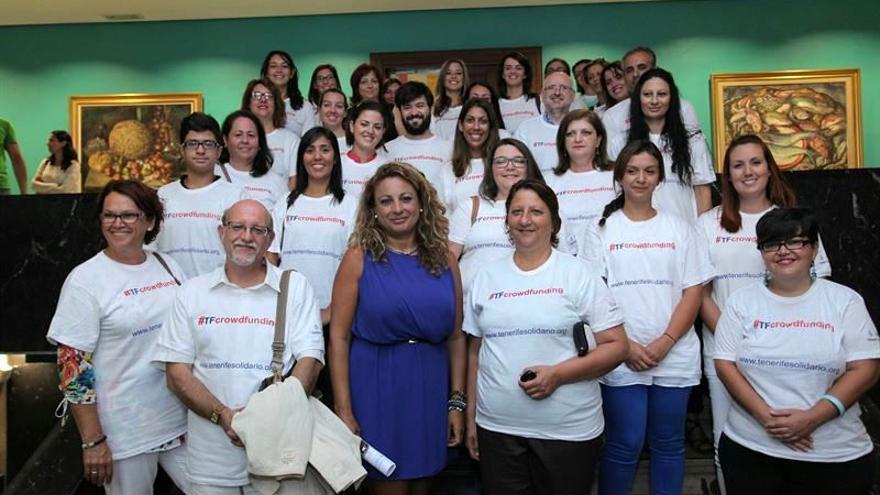 La consejera Cristina Valido y miembros de entidades de voluntariado de Tenerife