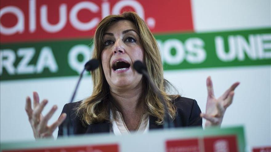 """Díaz asegura que solo pactará con la gente """"ni con el PP, ni con Podemos"""""""