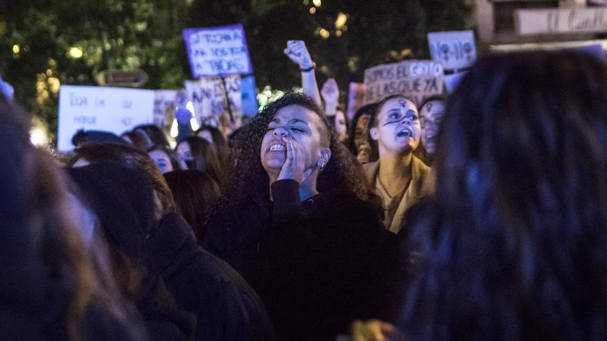 Una de las miles de manifestantes que han alzado su voz contra el machismo en Madrid
