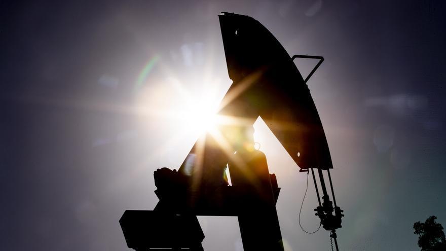 El petróleo de Texas cierra con un alza del 4,9 %, hasta los 63,15 dólares
