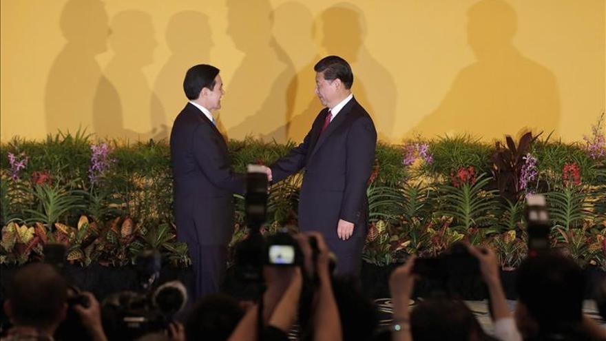 Taiwán y China realizan el primer intercambio de espías desde 1949