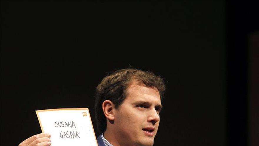 Rivera advierte de que no dará cheques en blanco a nadie, tampoco en Aragón