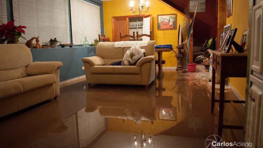 En la imagen, interior de una de las dos viviendas que se inundaron. Foto: CARLOS ACIEGO.