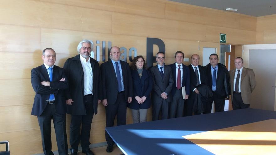 Navarra comercializará anualmente 9.000 contenedores de mercancías a través del puerto de Bilbao