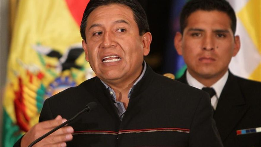 Bolivia acerca relaciones con París tras el incidente del avión de Morales