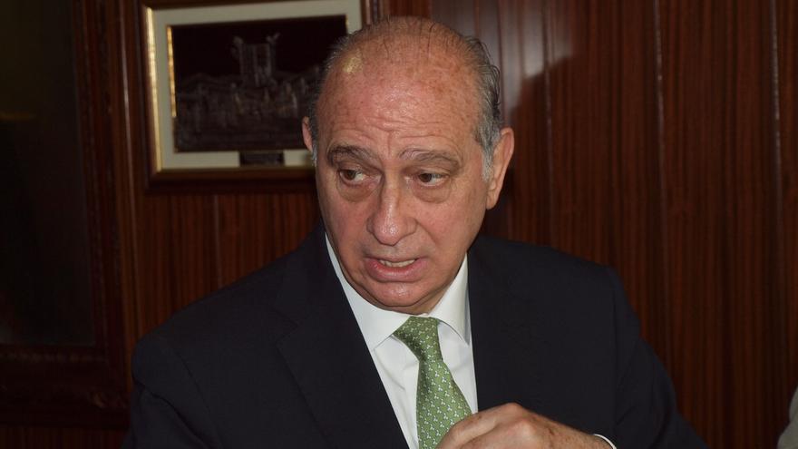 """Fernández Díaz considera que la visita de Otegi """"denigra"""" al Parlament"""