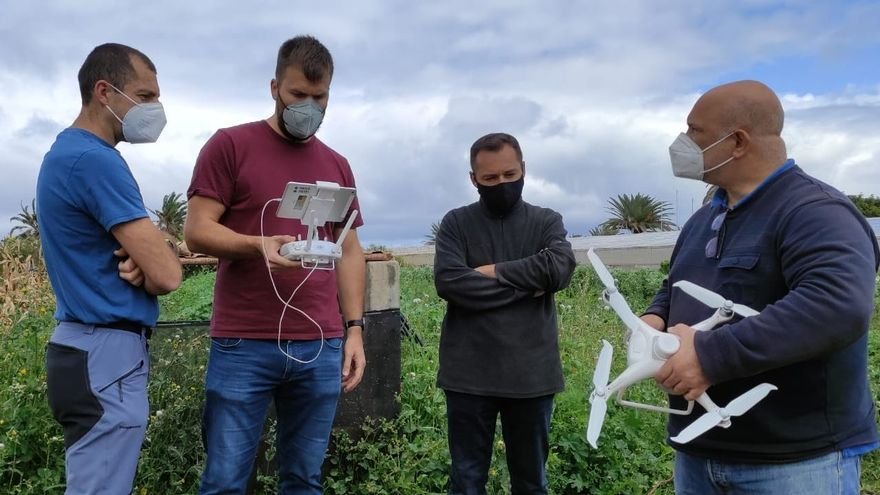 Jornada formativa práctica y teórica para evaluar en el campo la aplicación de los drones.