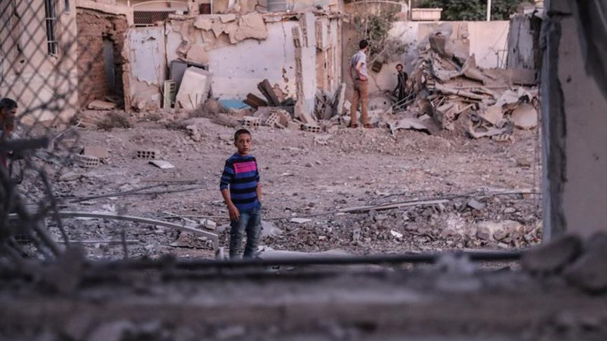Al menos 6 personas mueren en bombardeo del Ejército sirio cerca de Albukamal