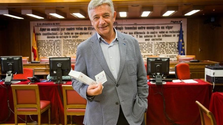 """El senador autonómico por Navarra abre la constitución del Senado en euskera para defender """"la diversidad como riqueza"""""""