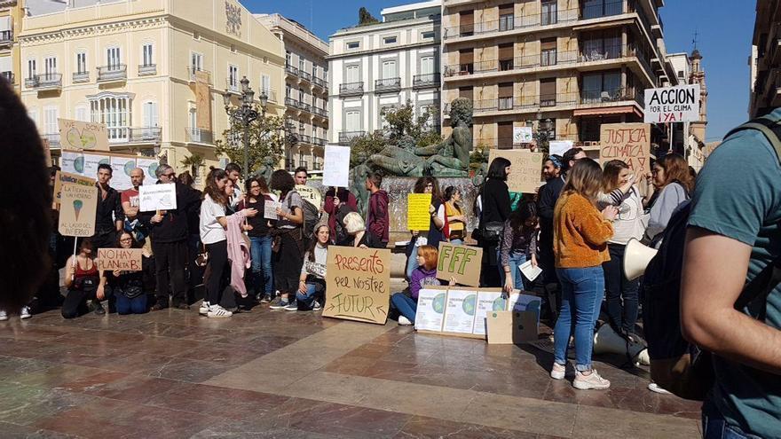 Primera concentración de los jóvenes ecologistas en Valencia
