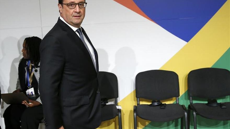 Hollande quiere confirmar que Alemania ha cesado las prácticas de espionaje