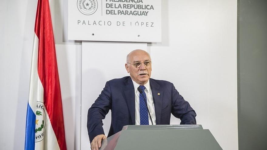 Víctimas de la dictadura paraguaya piden al Gobierno de España que retire la condecoración al ministro Loizaga