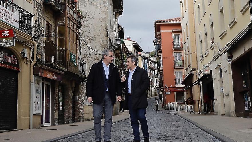"""Olano dice que ha cumplido """"al 100% los compromisos"""" con Irun y cree que Santano ha """"perjudicado"""" al municipio"""
