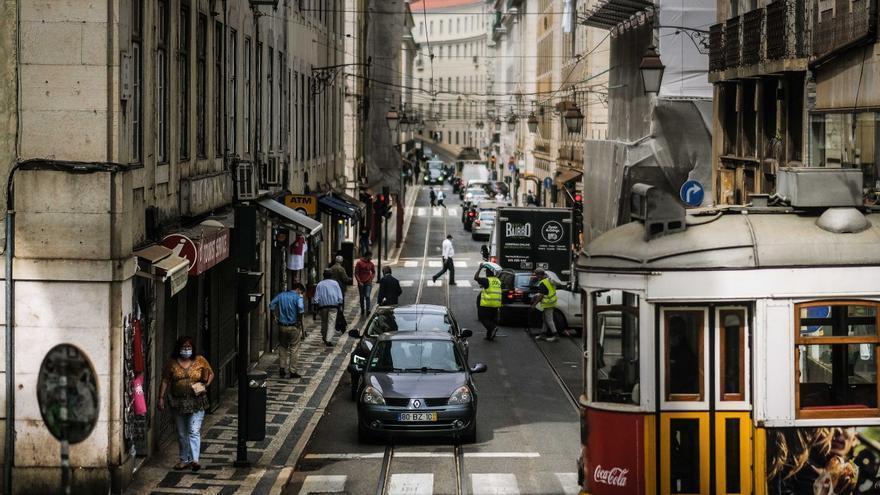 """Portugal vive su cuarta ola y """"se va a complicar"""""""