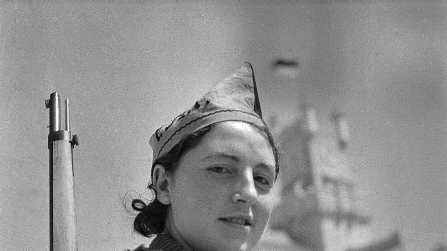 Miliciana anarquista en Barcelona.