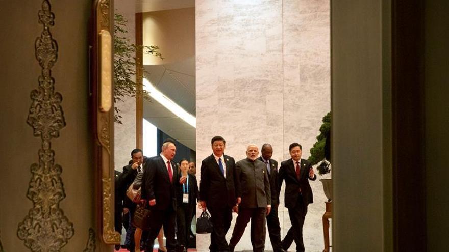 China se erige como líder de la cooperación sur-sur en la cumbre BRICS Plus