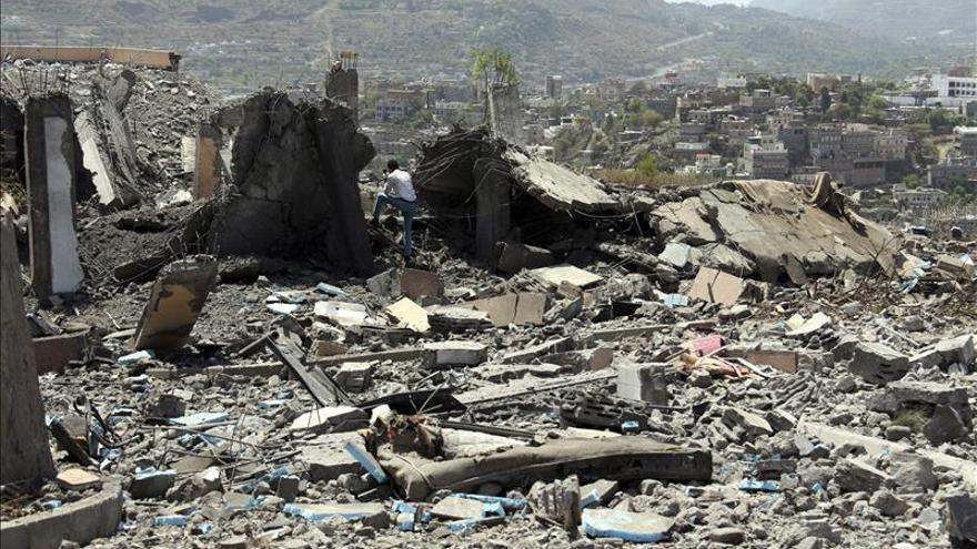 La coalición liderada por Riad reanuda los bombardeos en Yemen tras el fin de la tregua