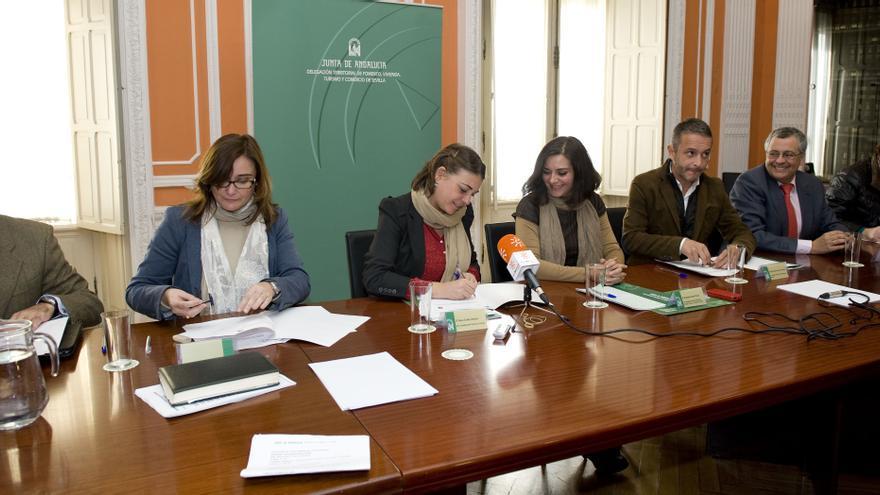 Diez nuevos municipios se adhieren al Programa de Defensa de la Vivienda, llegando a las 47 localidades