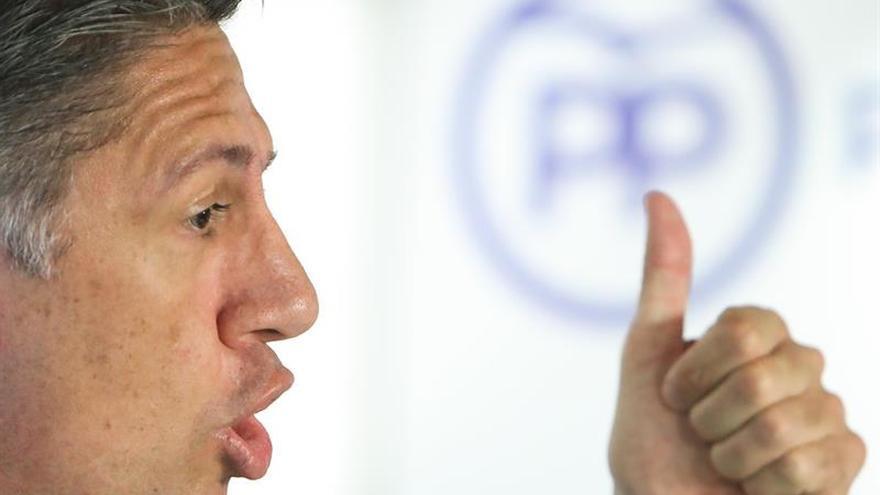 Albiol dice a Aznar que Rajoy es el único que no cede ante independentistas