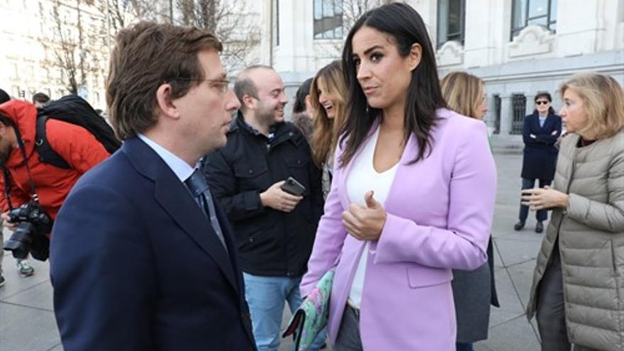 La vicealcaldesa, Begoña Villacís, y el alcalde, José Luis Martínez-Almeida en la semana del 8M. / Europa Press