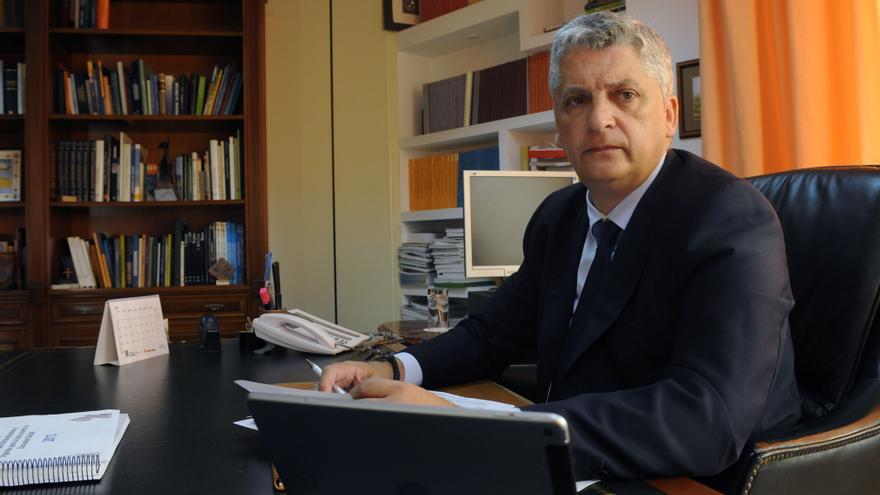 Néstor Hernández, Comisionado de Inclusión Social y Lucha contra la Pobreza