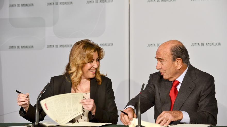 Susana Díaz acuerda con Botín la apertura de una línea de crédito  por valor de hasta 500 millones
