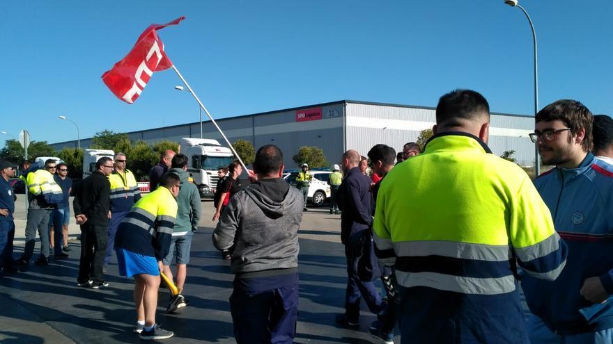 Huelga en almacén de Primark en Torija