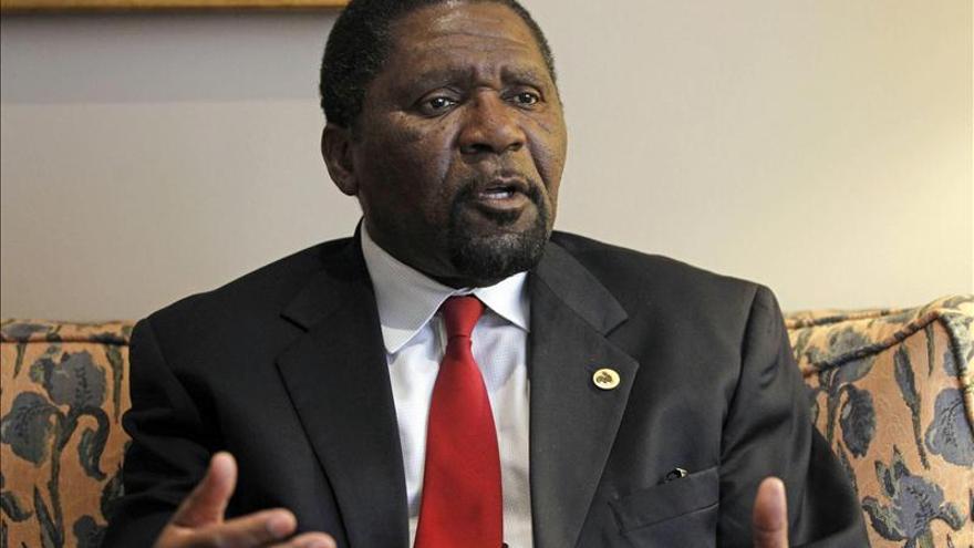 UNITA Advierte de riesgo baño de sangre en Angola si no avanza la democracia