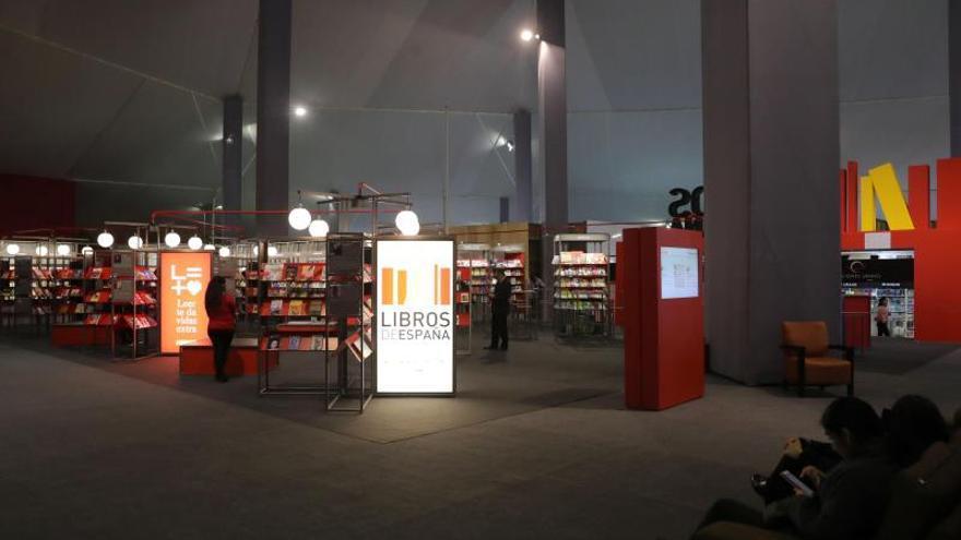Las letras de España y Perú se abrazan en la Feria del Libro de Lima