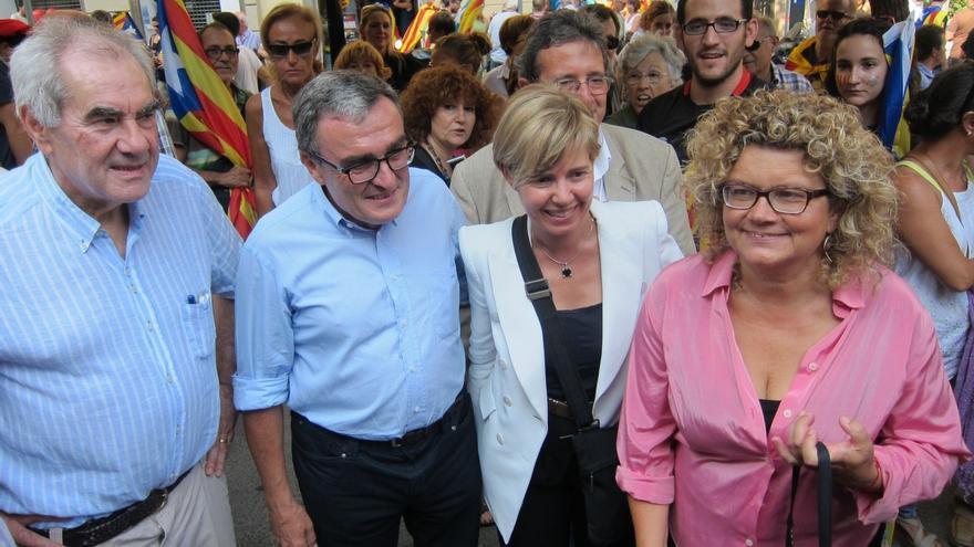 El alcalde de Lérida y los exconsejeros Geli y Maragall se desmarcan del PSC y acuden juntos a la marcha
