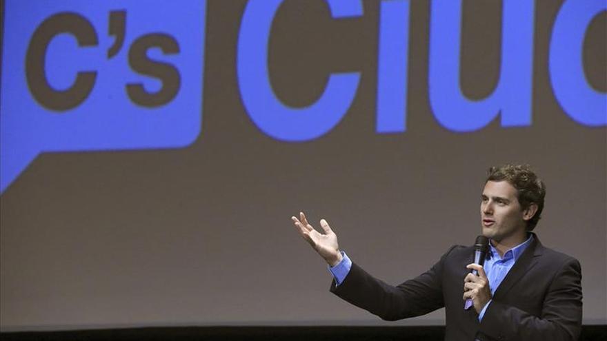 Rivera llama a UDC, PSC, PP e ICV a crear una mayoría en beneficio de los catalanes