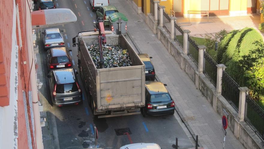 Los cántabros generaron 307,9 miles de toneladas de residuos en 2013, un 4% menos que en 2012