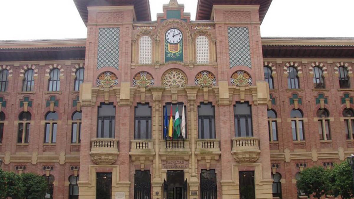 Fachada del Rectorado de la Universidad de Córdoba.