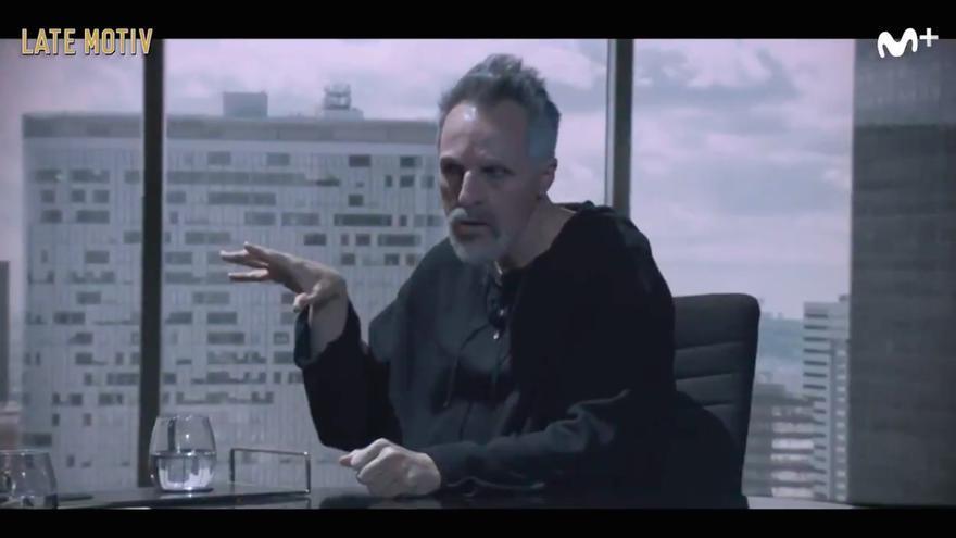 Raúl Pérez imitando a Miguel Bosé en 'Late Motiv'