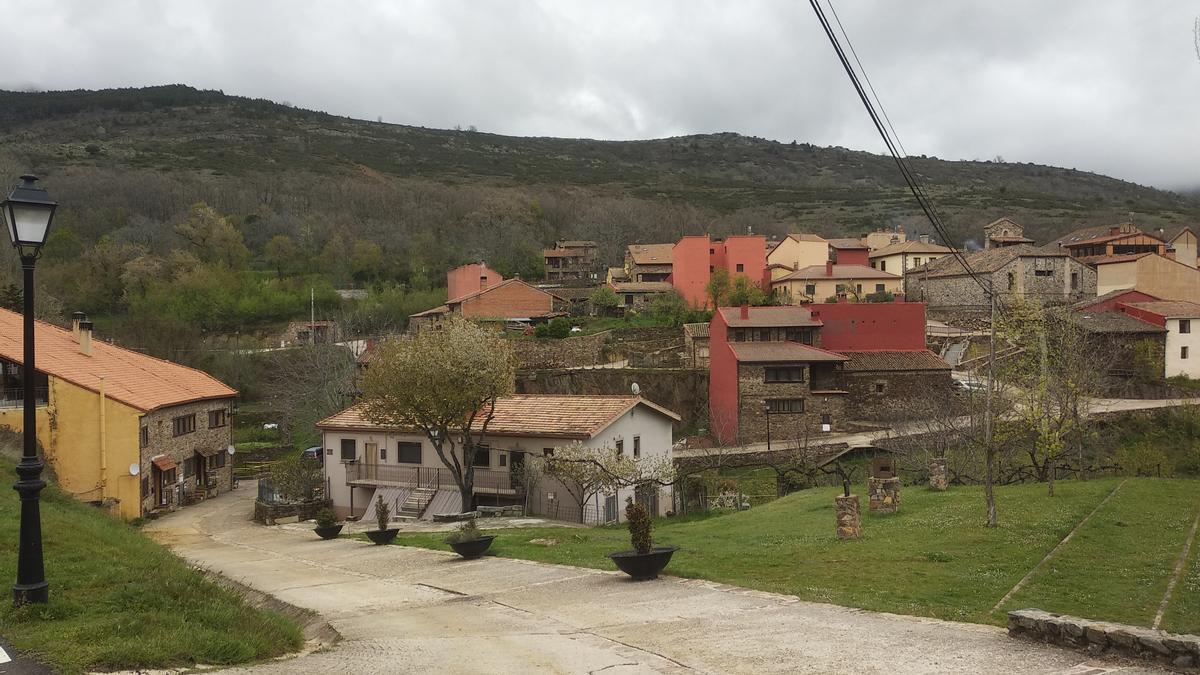Panorámica de la localidad madrileña Puebla de la Sierra