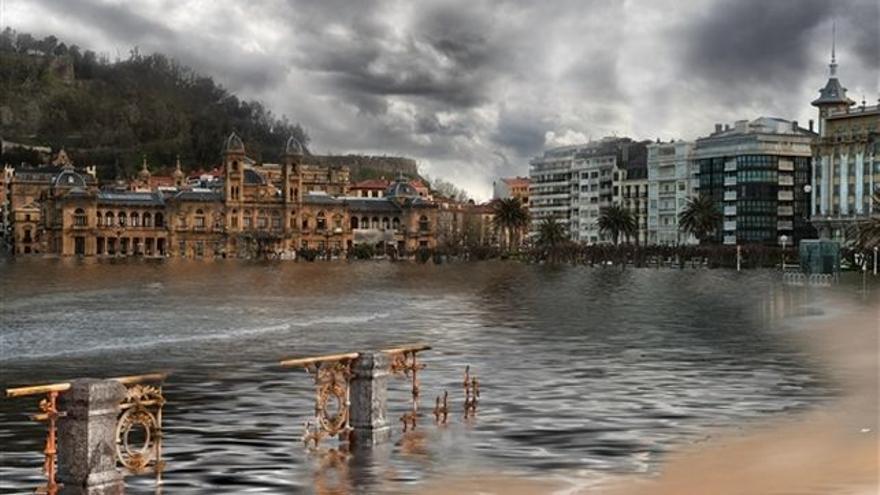 Imagen ficticia de la playa de la Concha devastada.