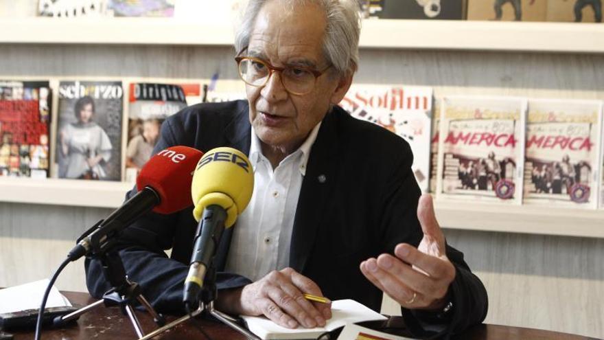 El Roto durante la presentación de su libro el pasado mayo en Madrid