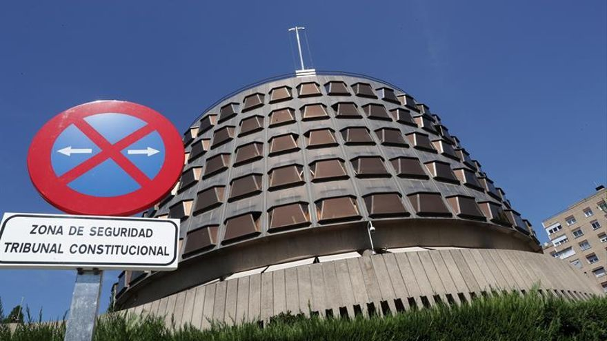 TC anula la ley valenciana que permitía Les Corts revocar nombramiento senadores