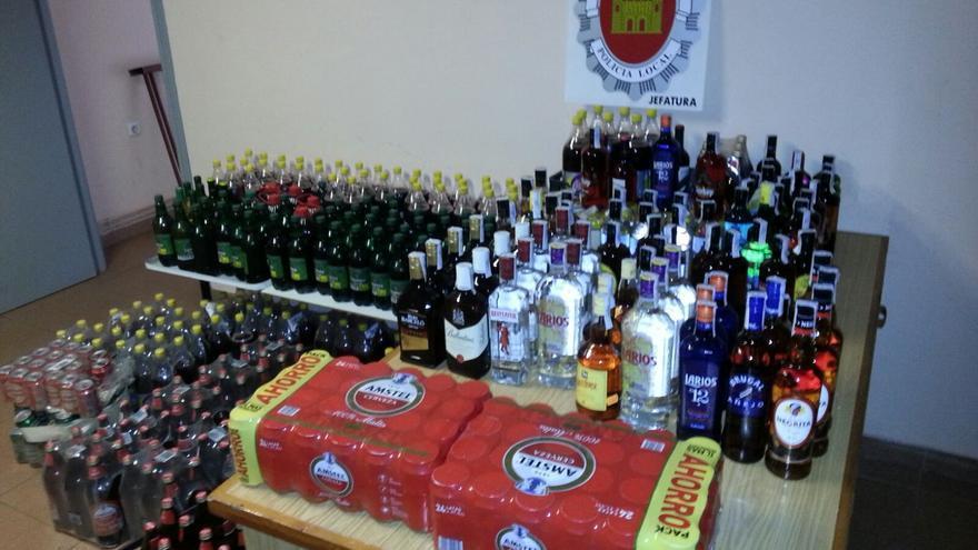 Las bebidas incautadas por la Policía Local en los establecimientos sobre los que se ha actuado