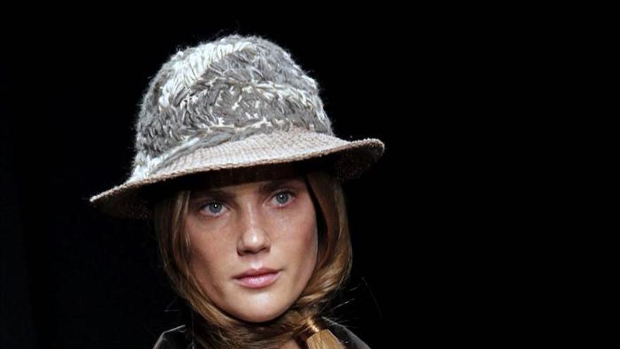 "Miriam Ponsa, ganadora del premio ""La Roca Village 080 Barcelona Fashion"""