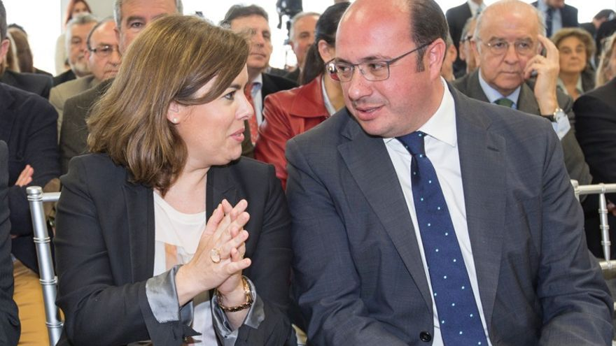 Soraya Sáenz de Santamaría y Pedro Antonio Sánchez