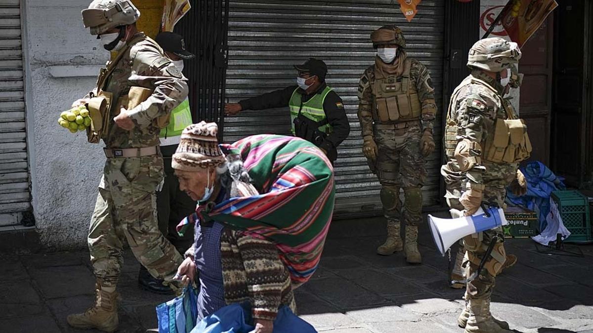 Bolivia cuenta al día de hoy con un total de más de 12,74 millones de casos y una cifra de muertos que supera los 321.500.