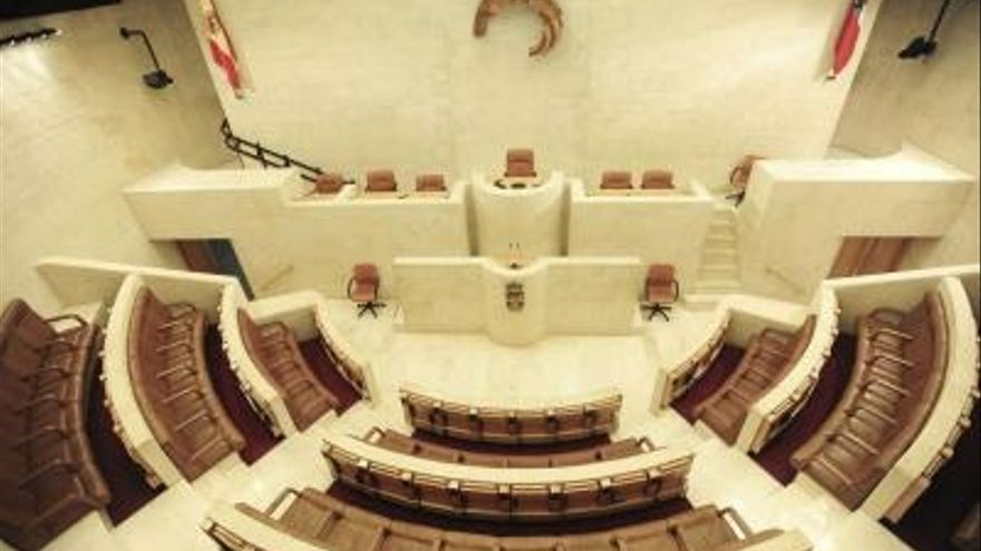 24 diputados se estrenan en el nuevo Parlamento, el 70%