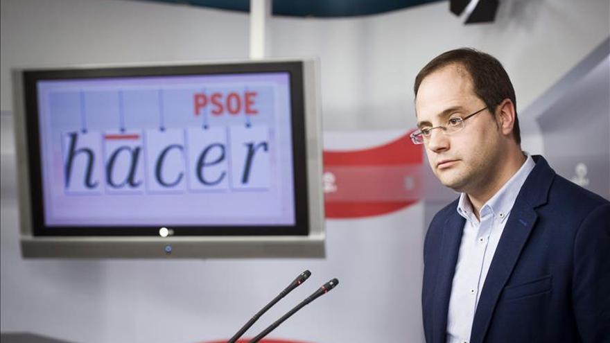 """Luena reconoce que Pedro Sánchez """"no tiene al enemigo en casa pero sí resistencia interna"""""""